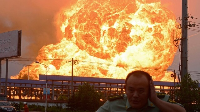 China explosions Fires still burning after Tianjin blasts